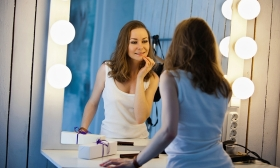 10.000 Ft helyett 3.990 Ft: Sminkoktatás, a nappali, esti és 5 perces reggeli smink elkészítésének fortélyaival a Beauty Zone Stúdióban