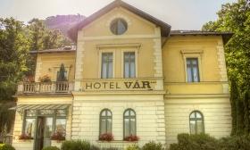 41.800 Ft helyett 27.190 Ft: Wellnessre csábít a Dunakanyar - 3 nap, 2 fő részére félpanzióval és további extrákkal Visegrádon, a Vár Hotel Kastélyszállóban