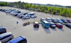 Terminál Parkoló - Parkolás és transzfer a Liszt Ferenc repülőtértől 5 percre 35% kedvezménnyel
