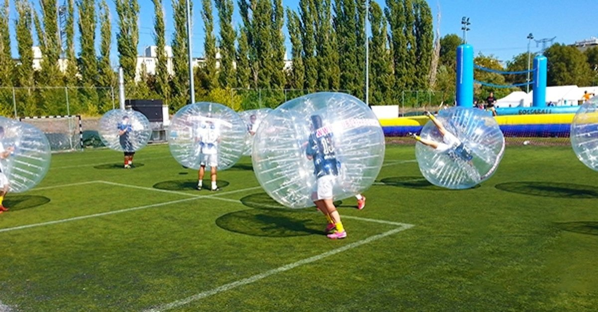 Pattanjatok egymásnak: buborékfoci 8-16 fő részére