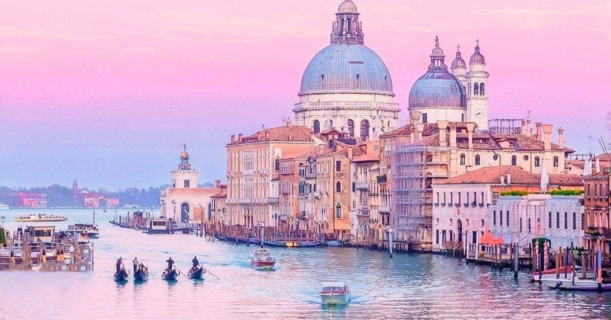 Kirándulj a lagúnák városába: buszos utazás Velencébe