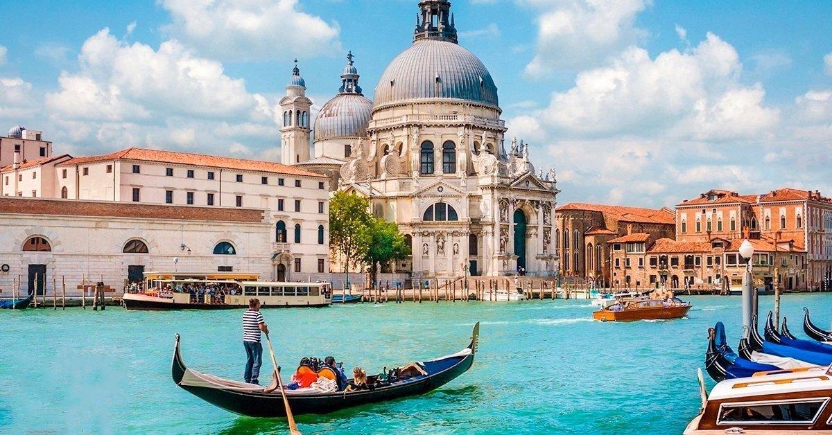 Látogass el a varázslatos Velencébe: autóbuszos utazás