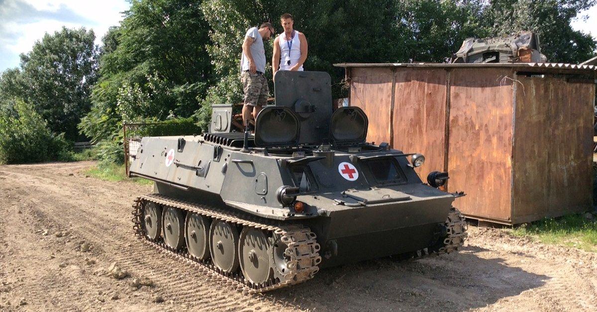 Őrült jó élmény: GTMU kisméretű harckocsi vezetés terepen