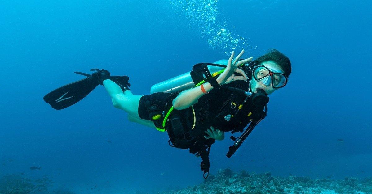 Próbamerülés nyílt vízben