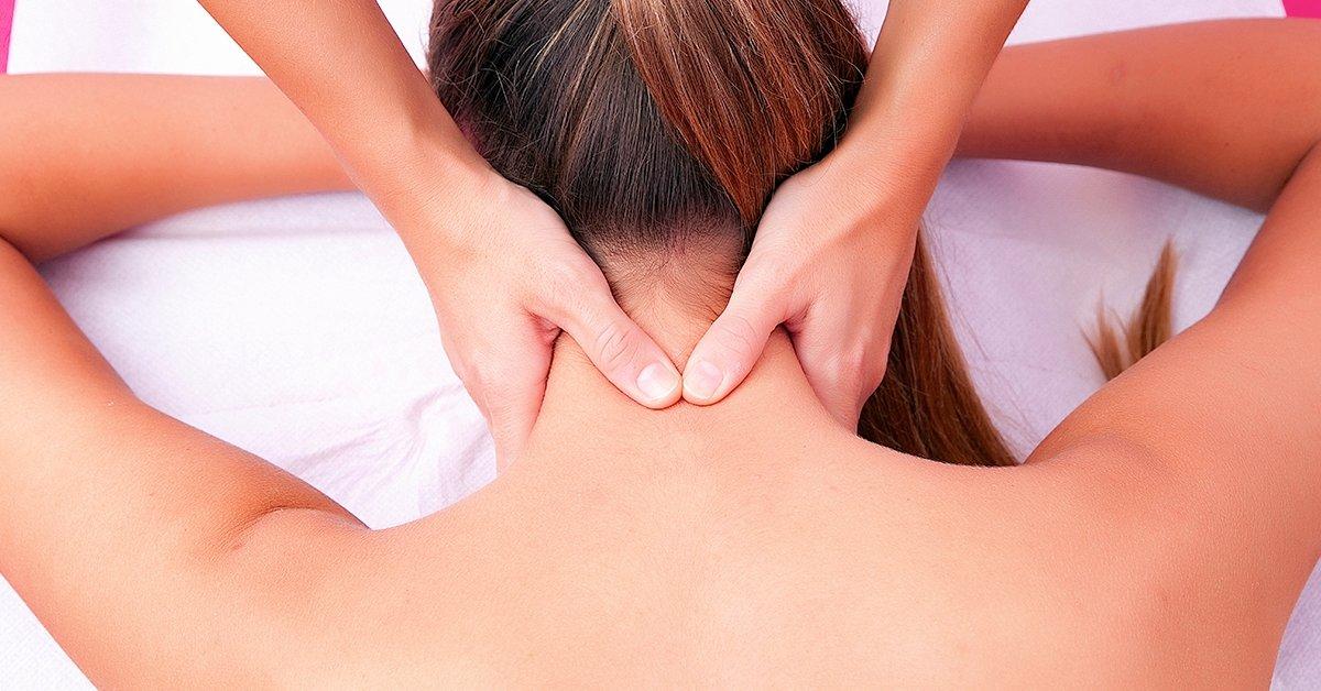 Női fájdalommentes csontkovácsolás, választható kezeléssel