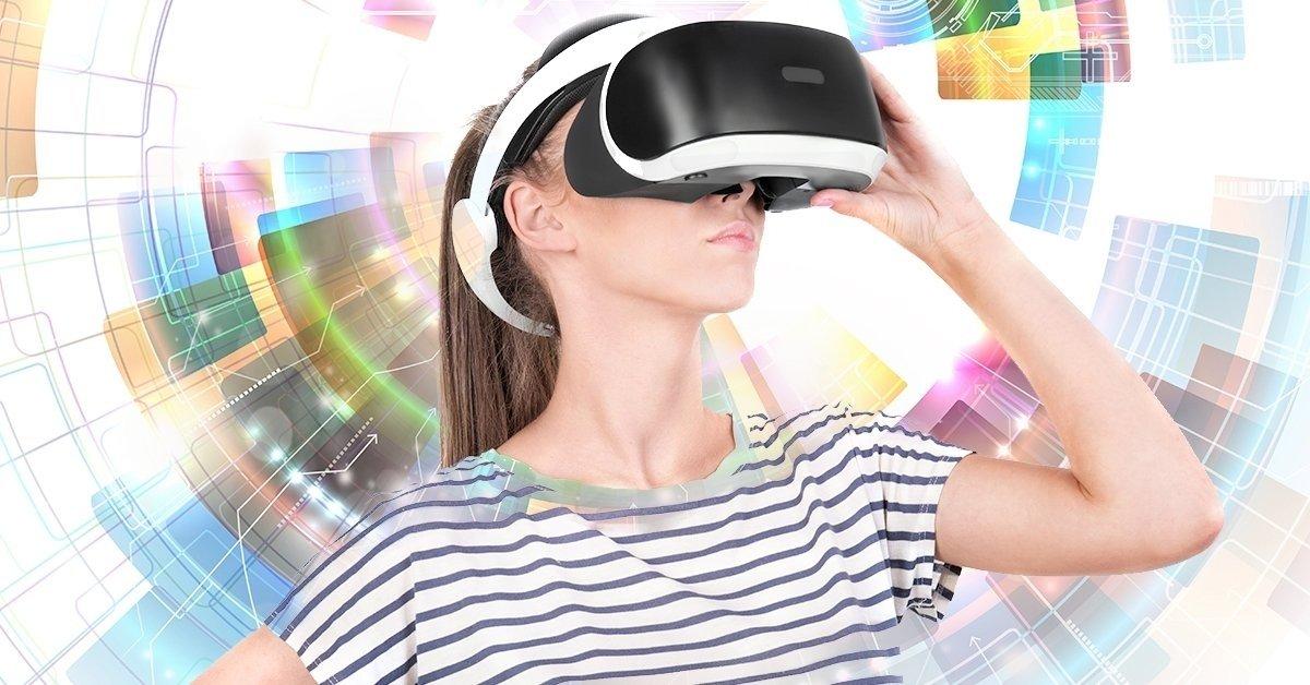 1 óra VR-játék nachos tállal és egy választható itallal