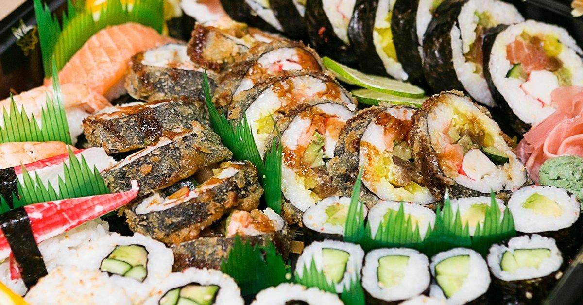 Japán házhoz jön: Mr. Big 64 db-os sushi menü 4 főre