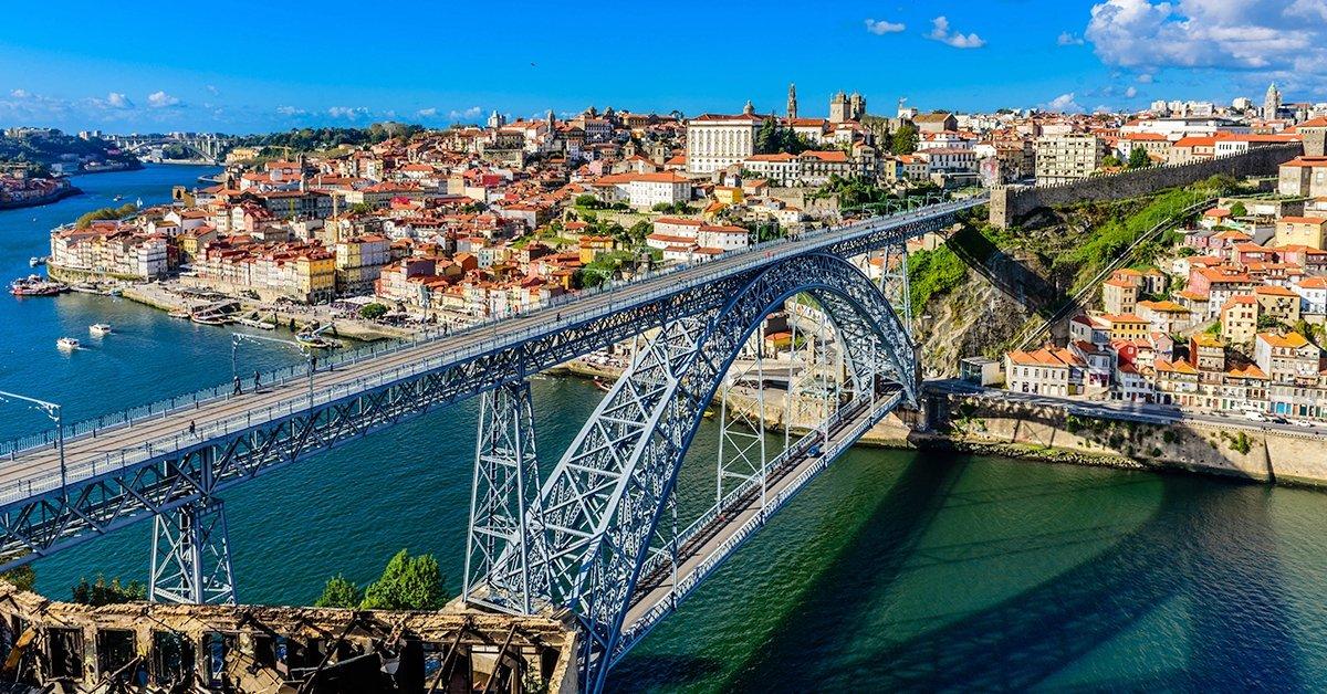 Városlátogatás a hidak és a borok városában, Portóban