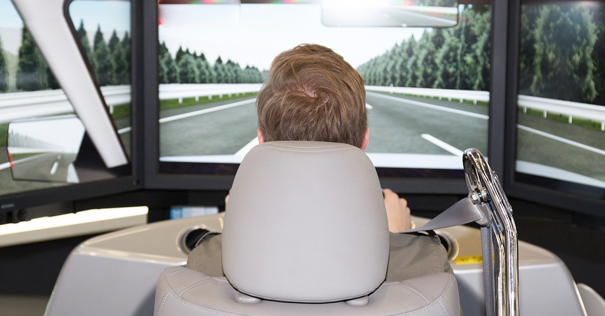 Virtuális száguldás: 2 óra szimulátorozás 1 vagy 2 főre