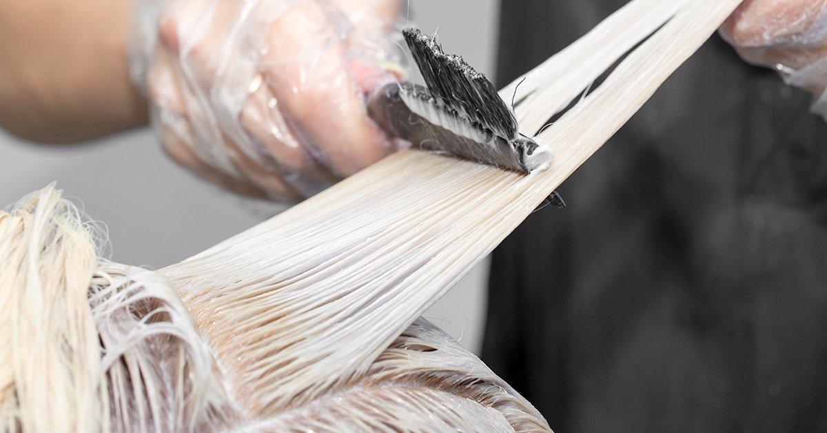 Tő vagy teljes hajfestés vágással, pihentető fejmasszázzsal