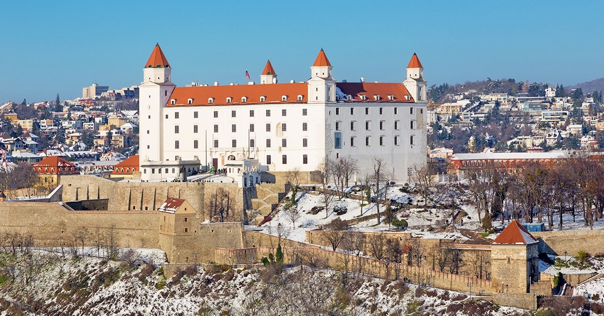 Adventi kirándulás Pozsonyba vezetett városnézéssel