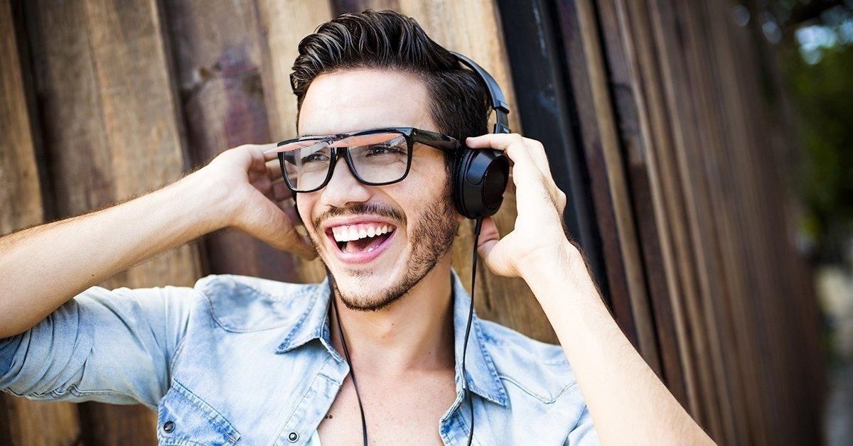 Speciális clip-on szemüveglencse, polarizált előtéttel