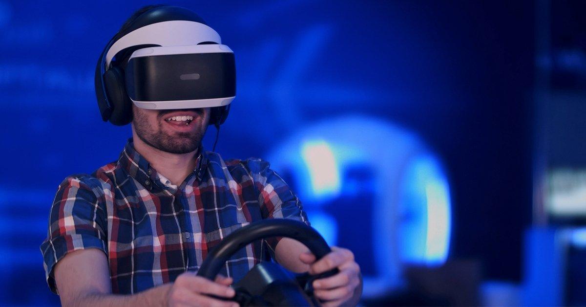 Virtuális versenyzés: 60 perces Virtual Reality autóvezetés