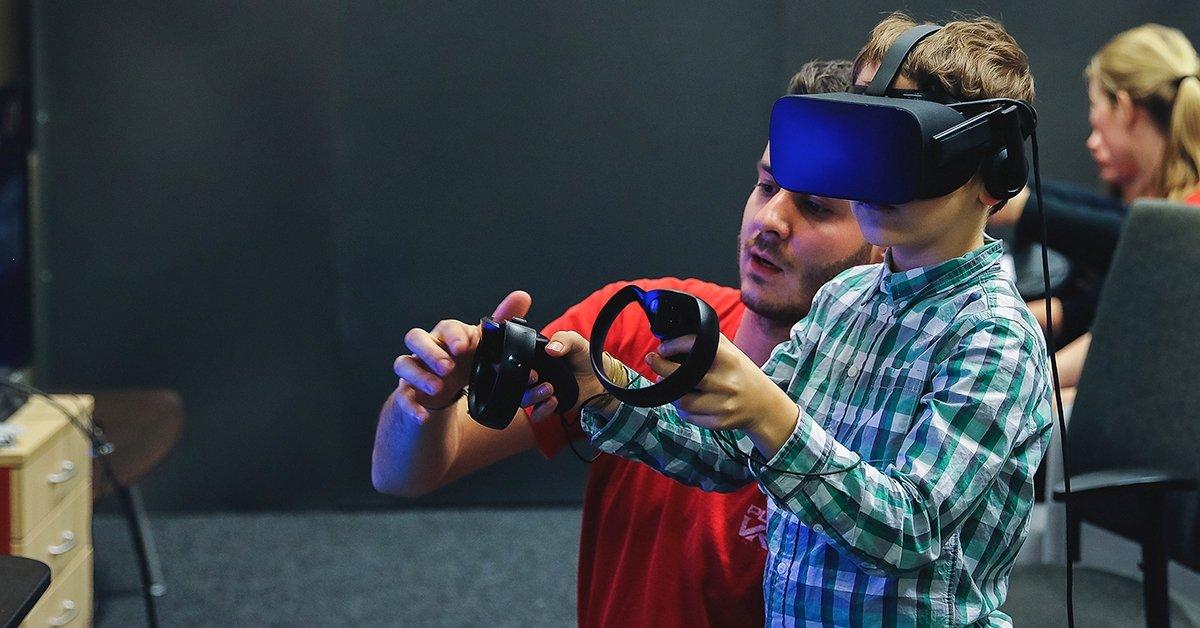 Családi program a belvárosban: VR élmény 2 gyermek számára