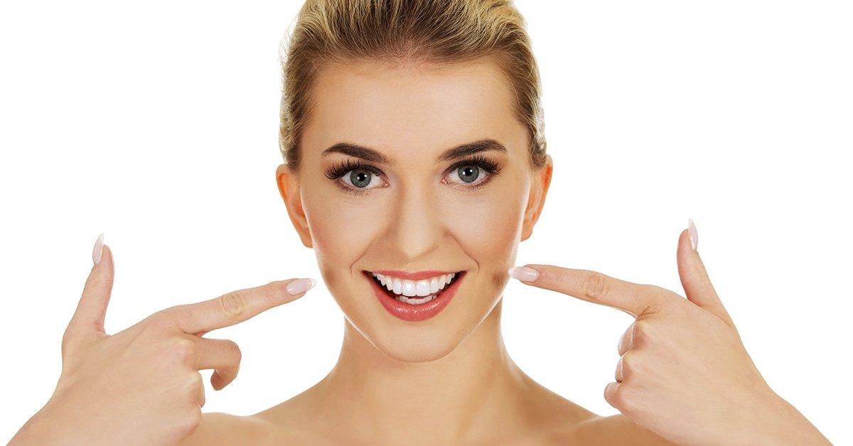 Ultrahangos fogkő-eltávolítás fehérítő hatású polírozással