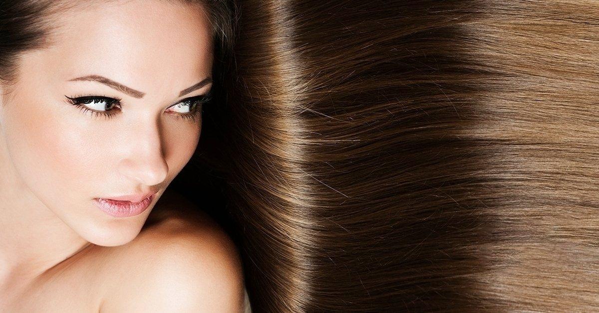 Csak egyenesen: keratinos tartós hajegyenesítés