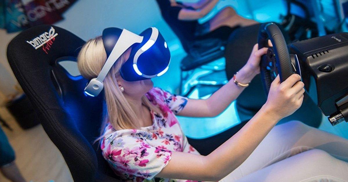 Száguldj velünk: 1 óra szimulátor vezetés VR szemüvegben