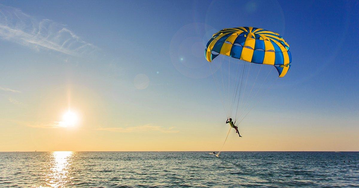 Szóló vagy romantikus páros víziejtőernyőzés a Tisza-tavon