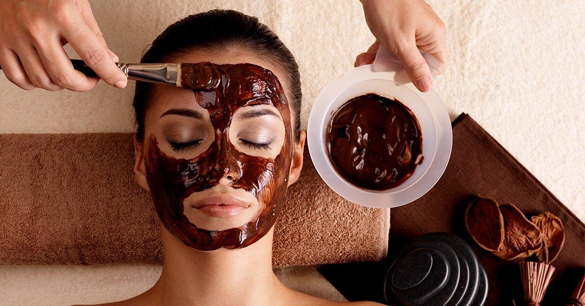Különleges kényeztetés: csokoládé illatos arckezelés