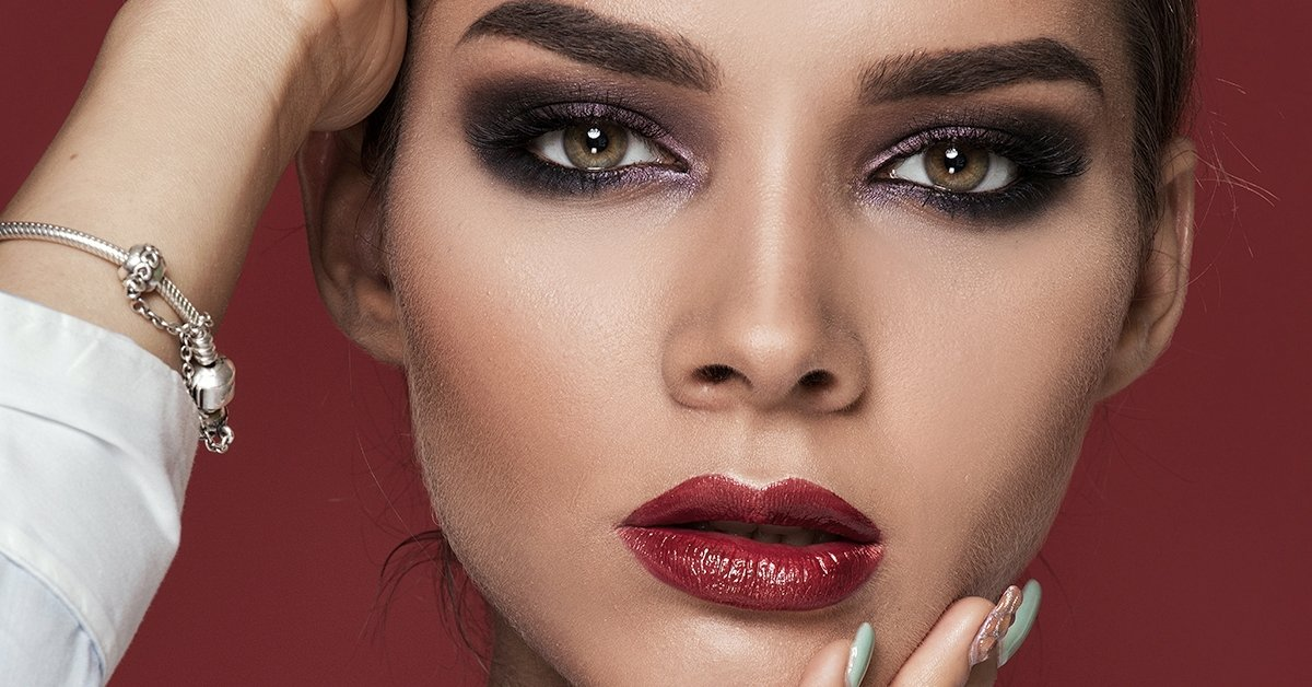 Emeld ki szépségét: 1 napos füstös szem sminktanfolyam