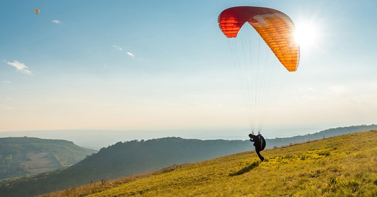 Repítsen a szél: tandem siklóernyőzés több helyszínen is