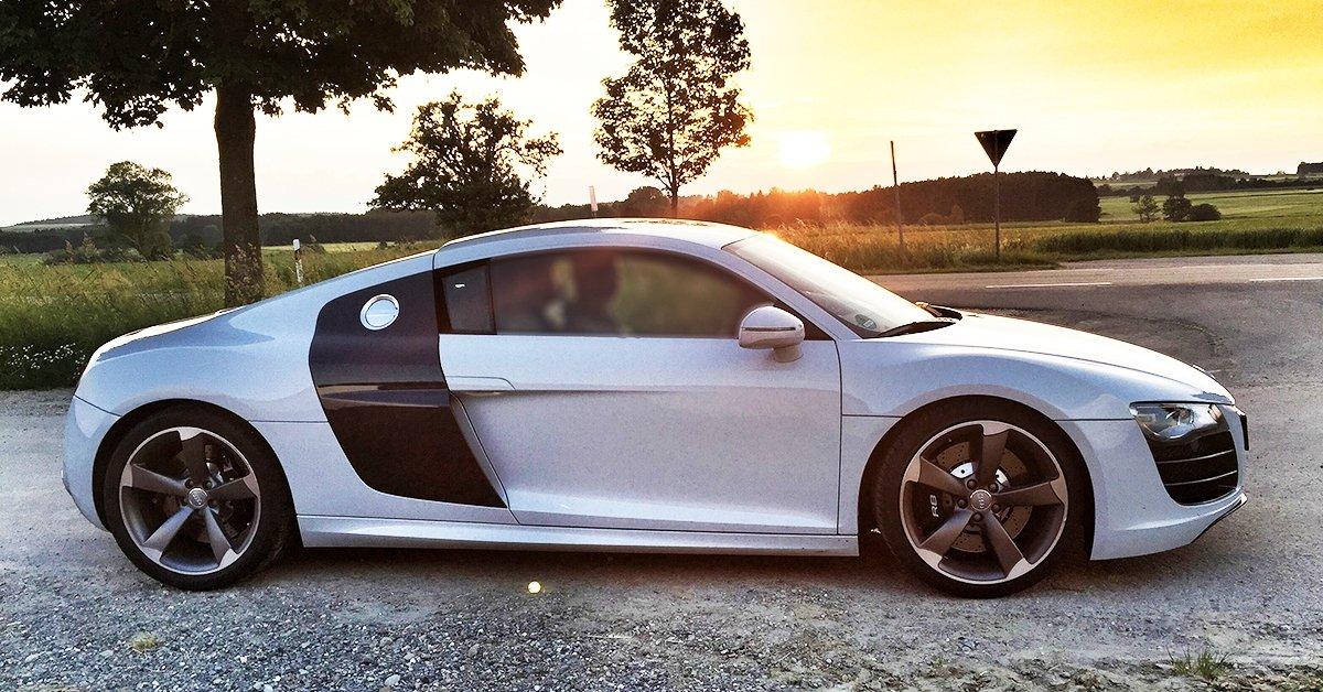 Audi R8 élményvezetés