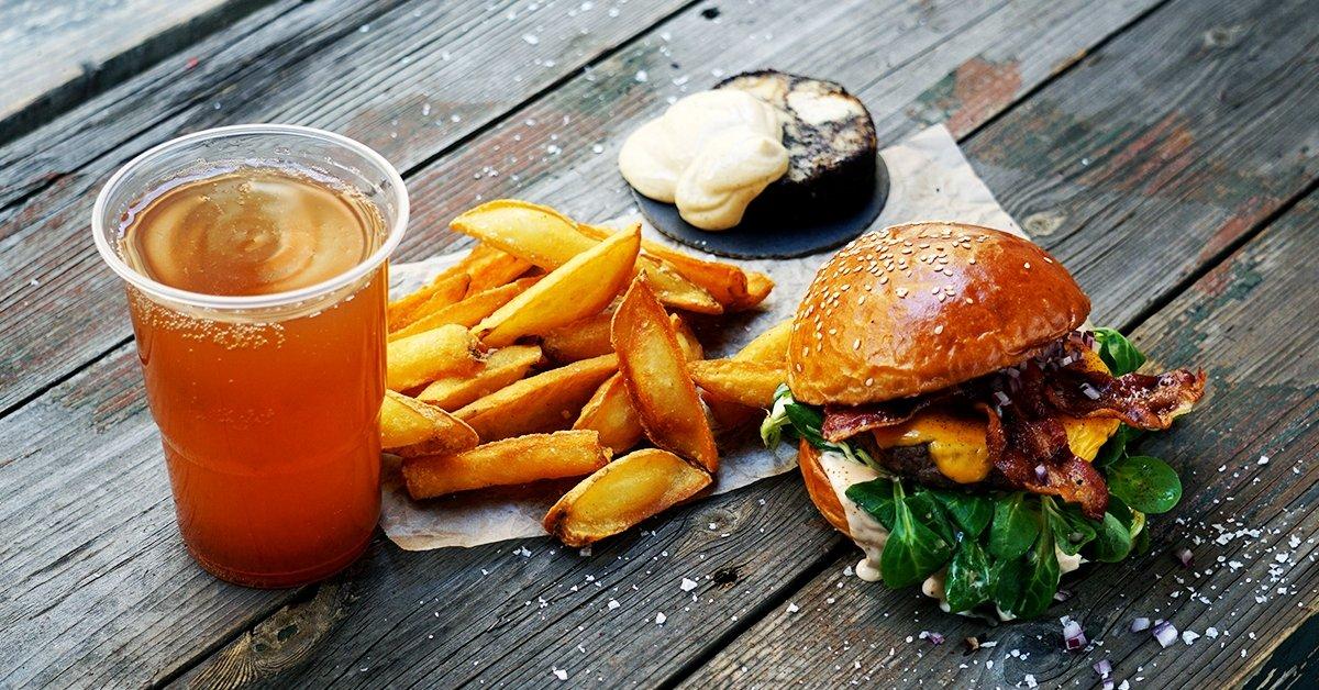 Exkluzív páros burger menü a A W35 Burger Bar-ban
