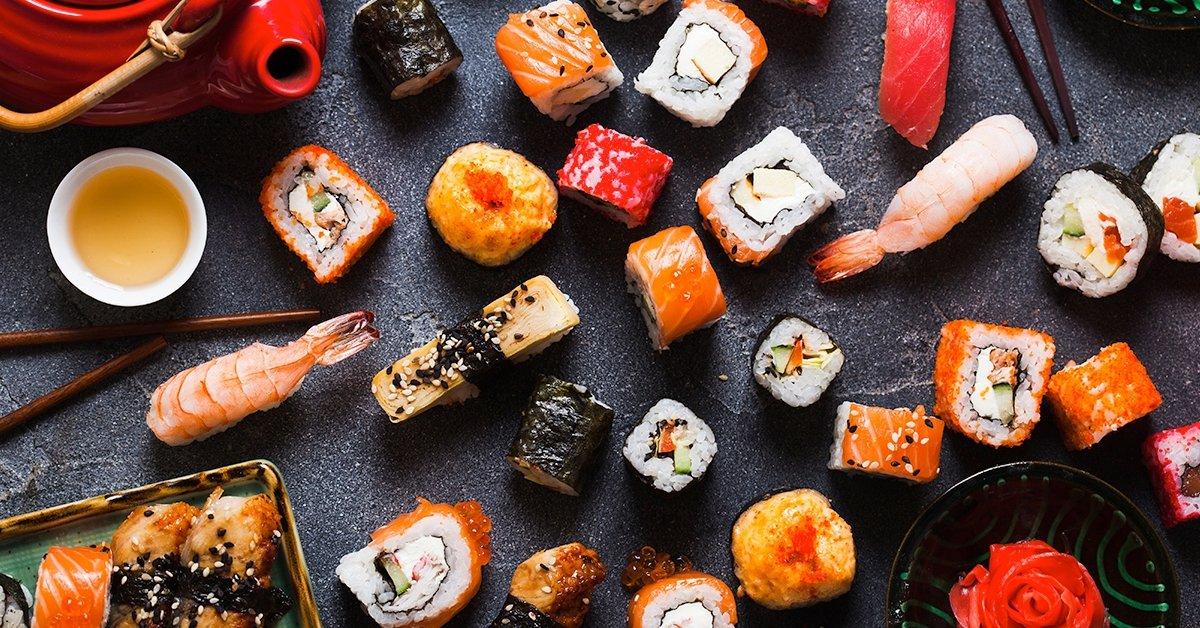 Japán házhoz jön: 54 darabos prémium sushi tál 4 főre