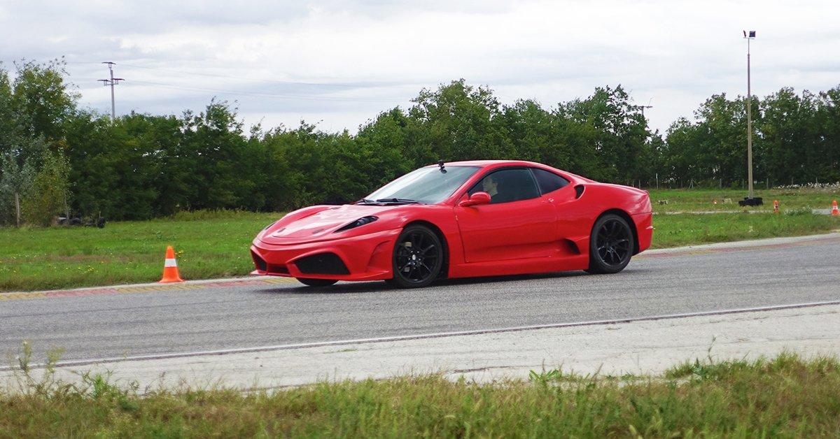 Ferrari F430 Replica élményvezetés a Kakucs Ringen