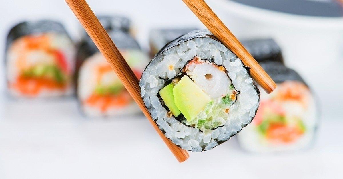 5 féle ízletes sushi kombináció helyben fogyasztással