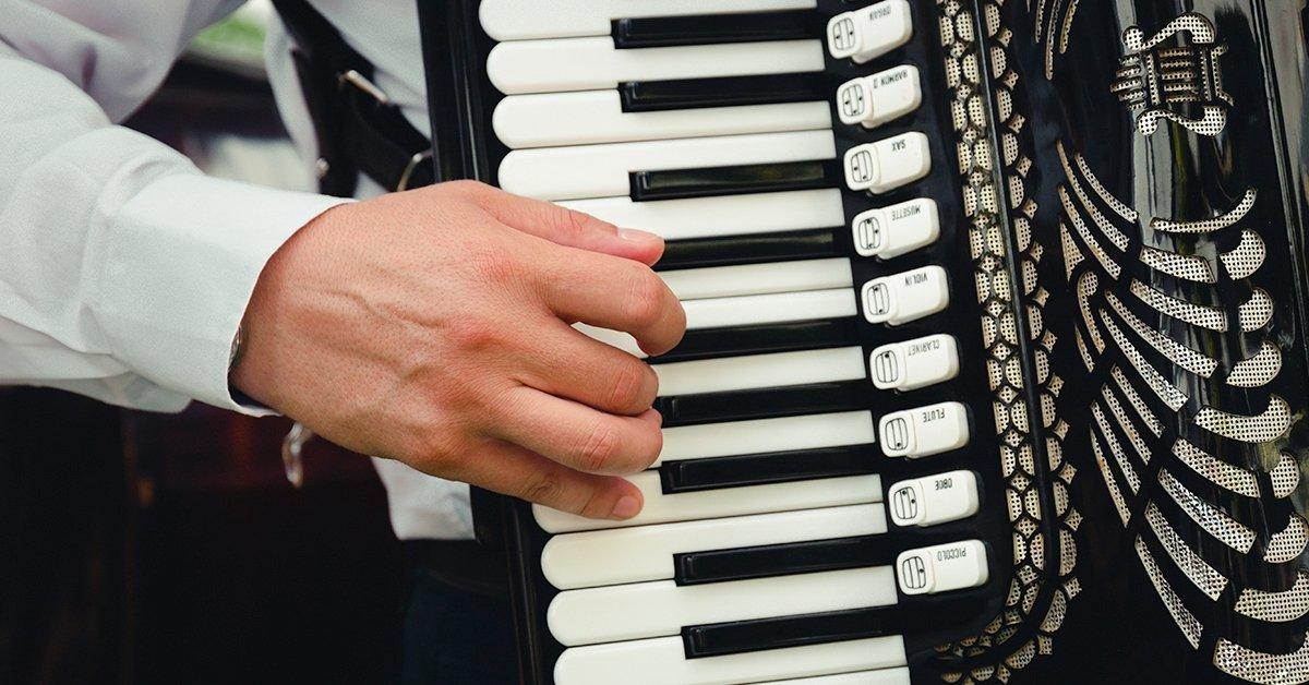 Tangóharmonikás és zongorás előadás országosan