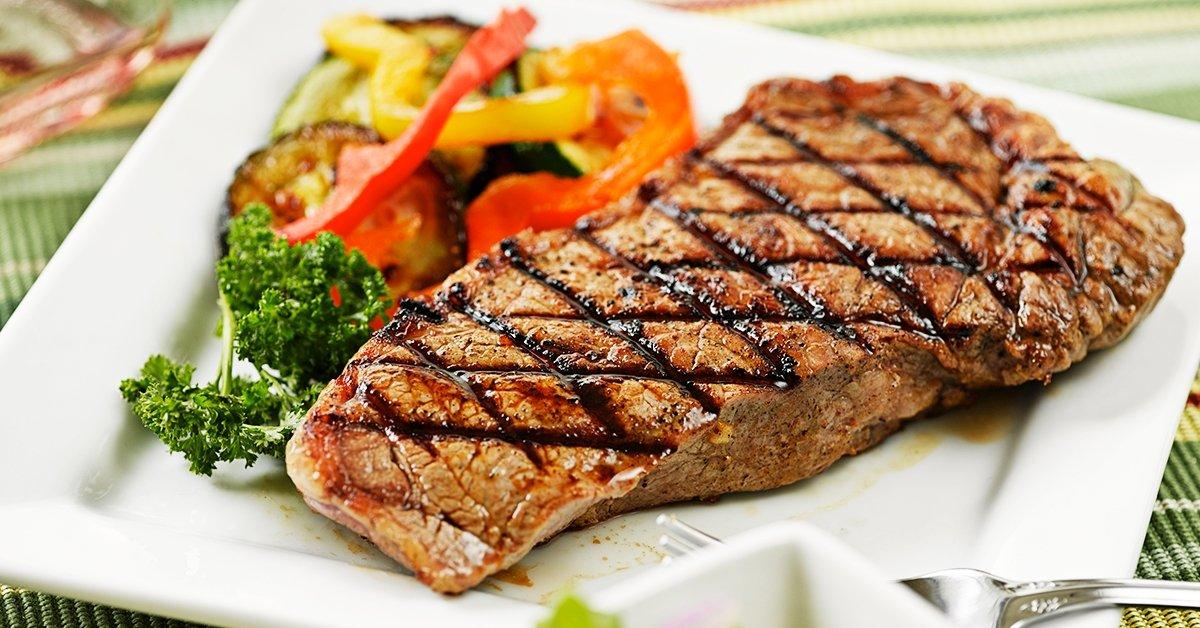 Prémium bélszín steak menü 2 főre körettel és mártással