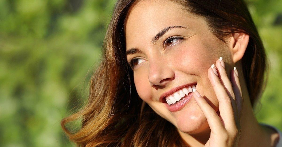 Bónusszal a csillogásért: fogfehérítés és fogkő-eltávolítás