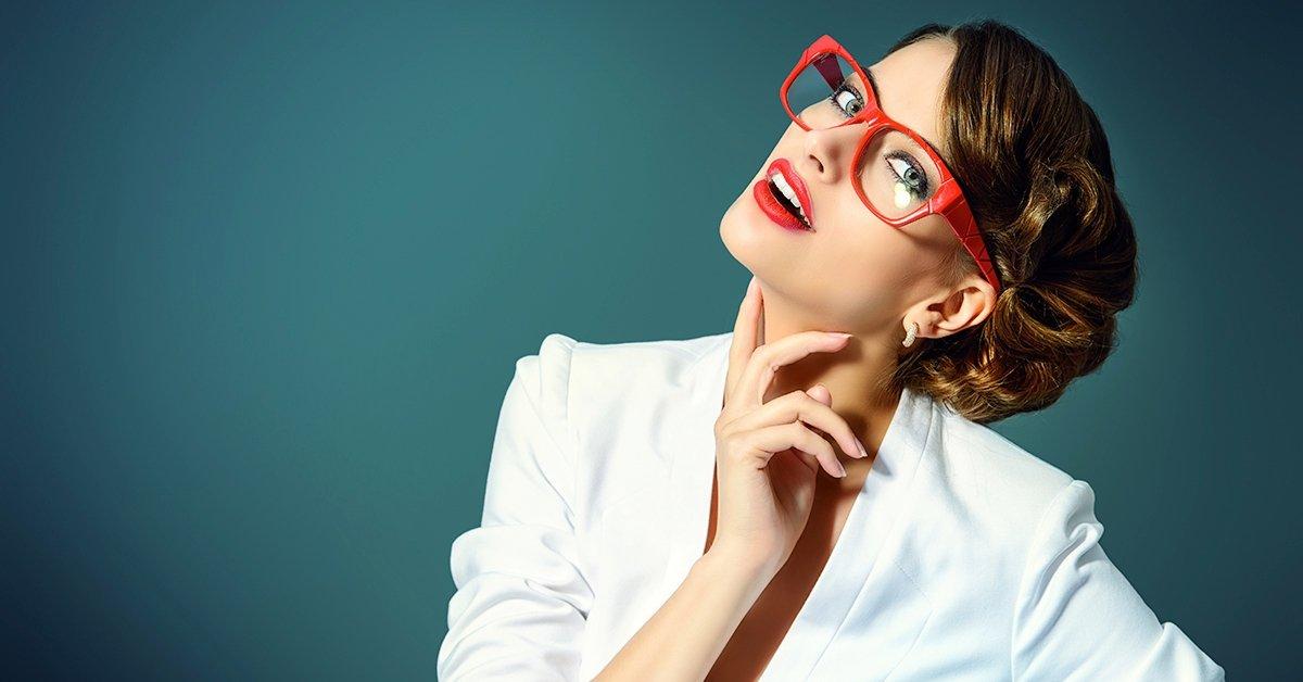 Szemüvegkészítés 1,6-os vékonyított Hoya lencsékkel