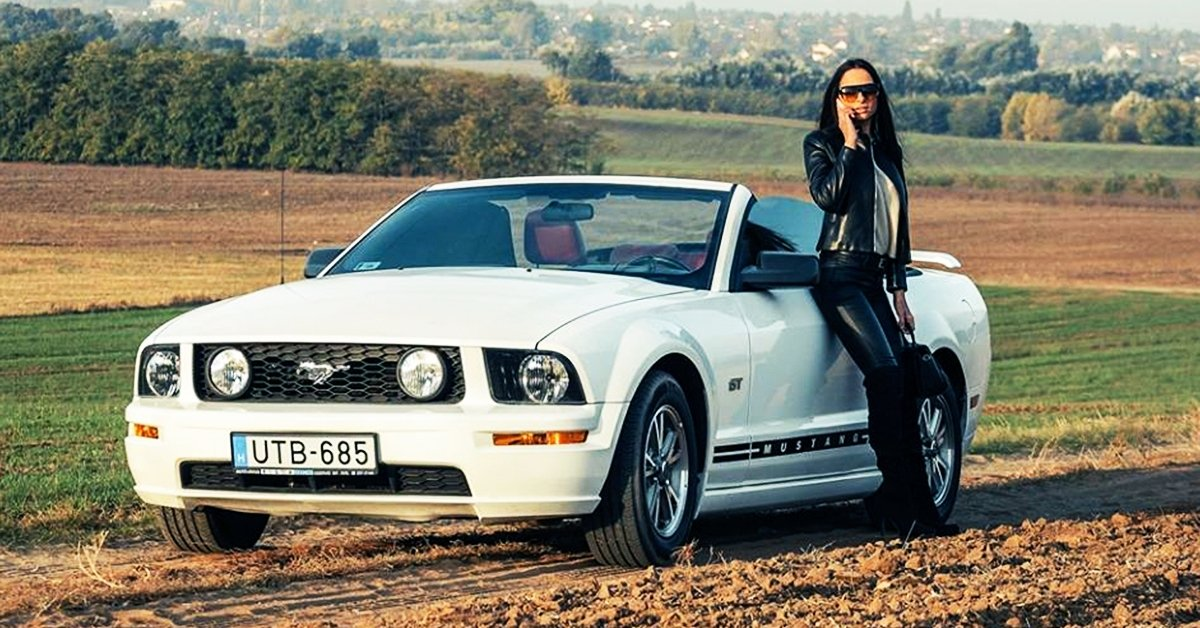 Érezd magad sztárnak: Ford Mustang bérlés 1 vagy 3 napra