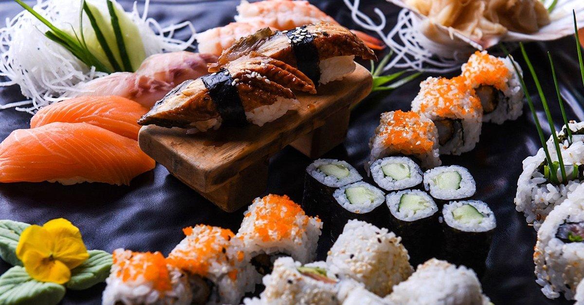 Japán legjava: 15 ételből álló, kétszemélyes japán bőséghajó