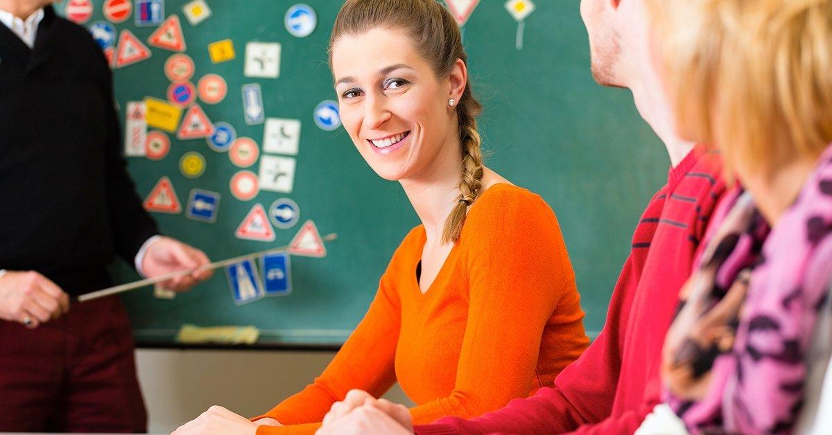 KRESZ tanfolyam plusz 3 óra gyakorlati oktatás