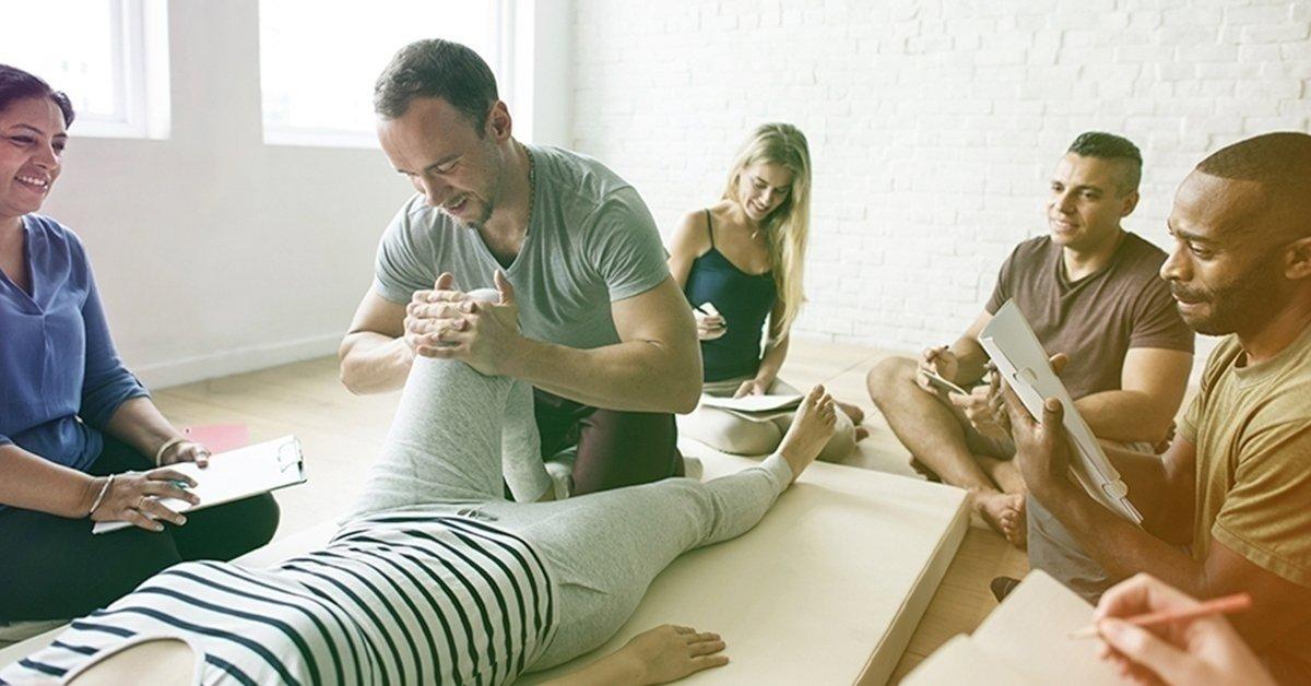 Legyél a csontok kovácsa: csontkovácsolás-tanfolyam