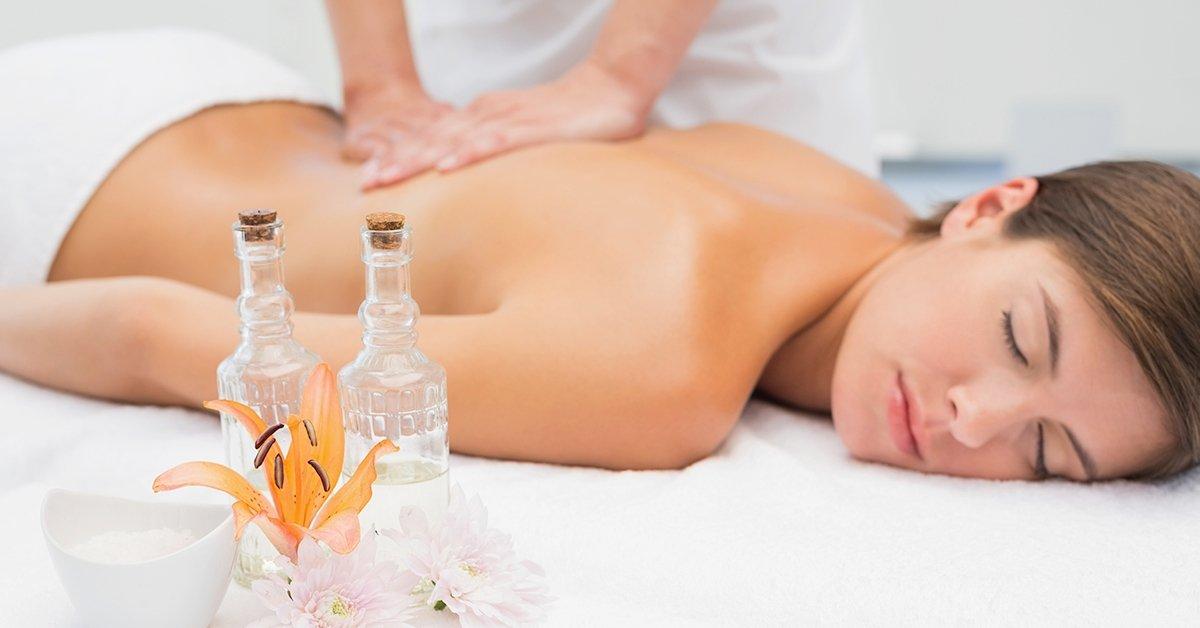 Illatos kényeztetés: 60 perces aromaterápiás testmasszázs
