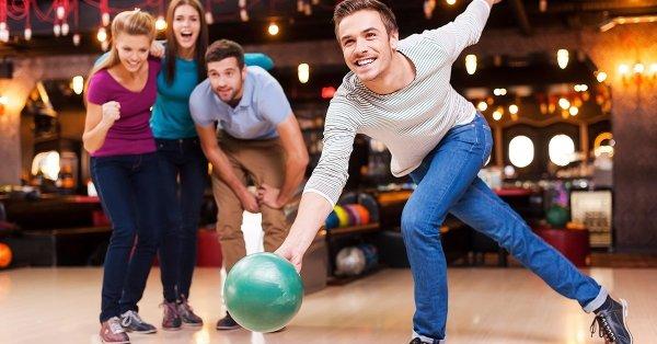 1 órás pályabérlés 8 főnek, a Buda Joy Club bowlingpályára