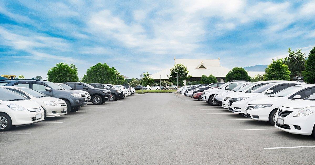 Kültéri parkolás és transzfer