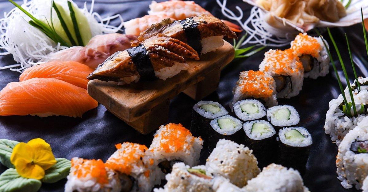 Sushiválogatás és desszert