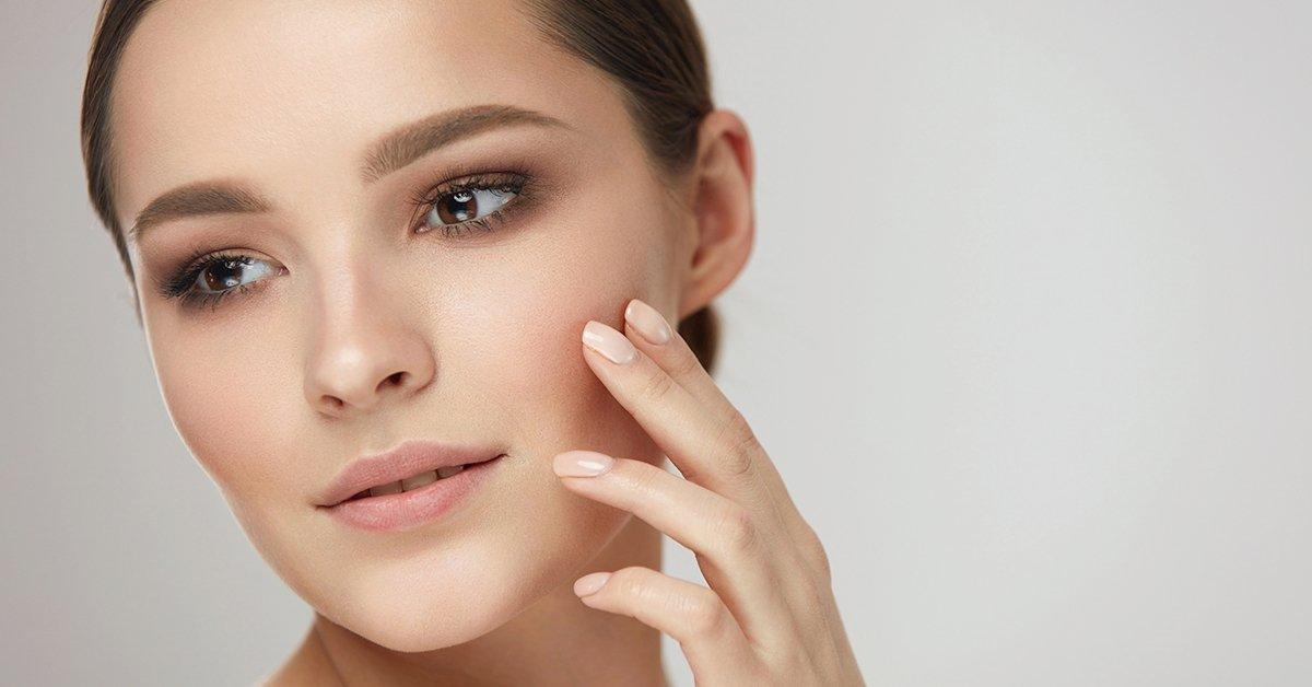 Kozmetikai tisztító arckezelés
