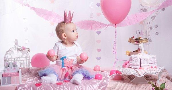 Születésnapi gyermekfotózás egyedi díszlettel
