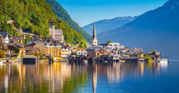 Fedezd fel Salzburgot és Hallstatt-ot: buszos utazás 1 főnek