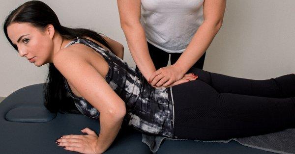 Állapotfelmérés és kezelés gyógytornász manuálterapeutával