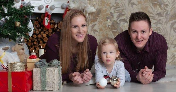 Karácsonyi témájú családi fotózás 4 fő részére