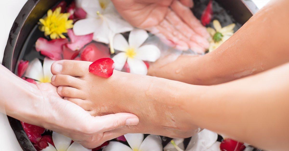 Tradicionális thai lábmasszázs