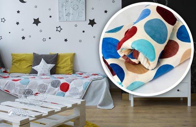 Polár takaró, 150x200 cm, színes pöttyös