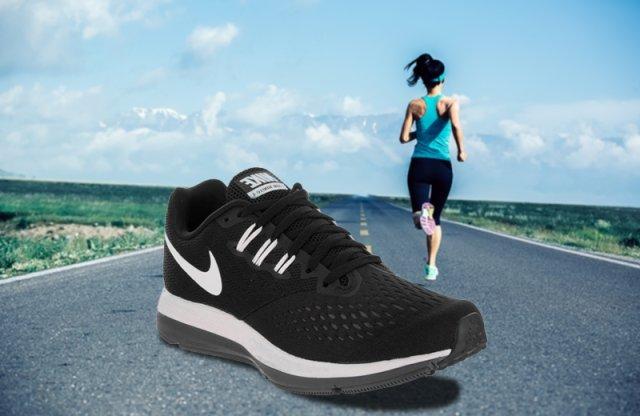 Nike Air Zoom Winflo 4 női cipő, fekete, 36,5 + más méretben